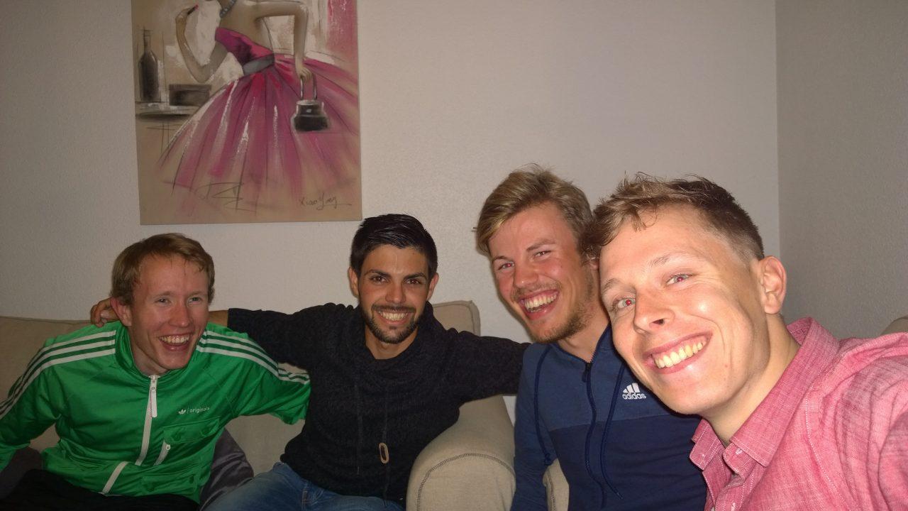 Selskap fra flere av mine andre kamerater har jeg også hatt. På tirsdag fikk jeg besøk av Sigurd (som bor fast i Albir), Luis (spanjol fra Benidorm) og til høyre ser du Jonas Brothers.