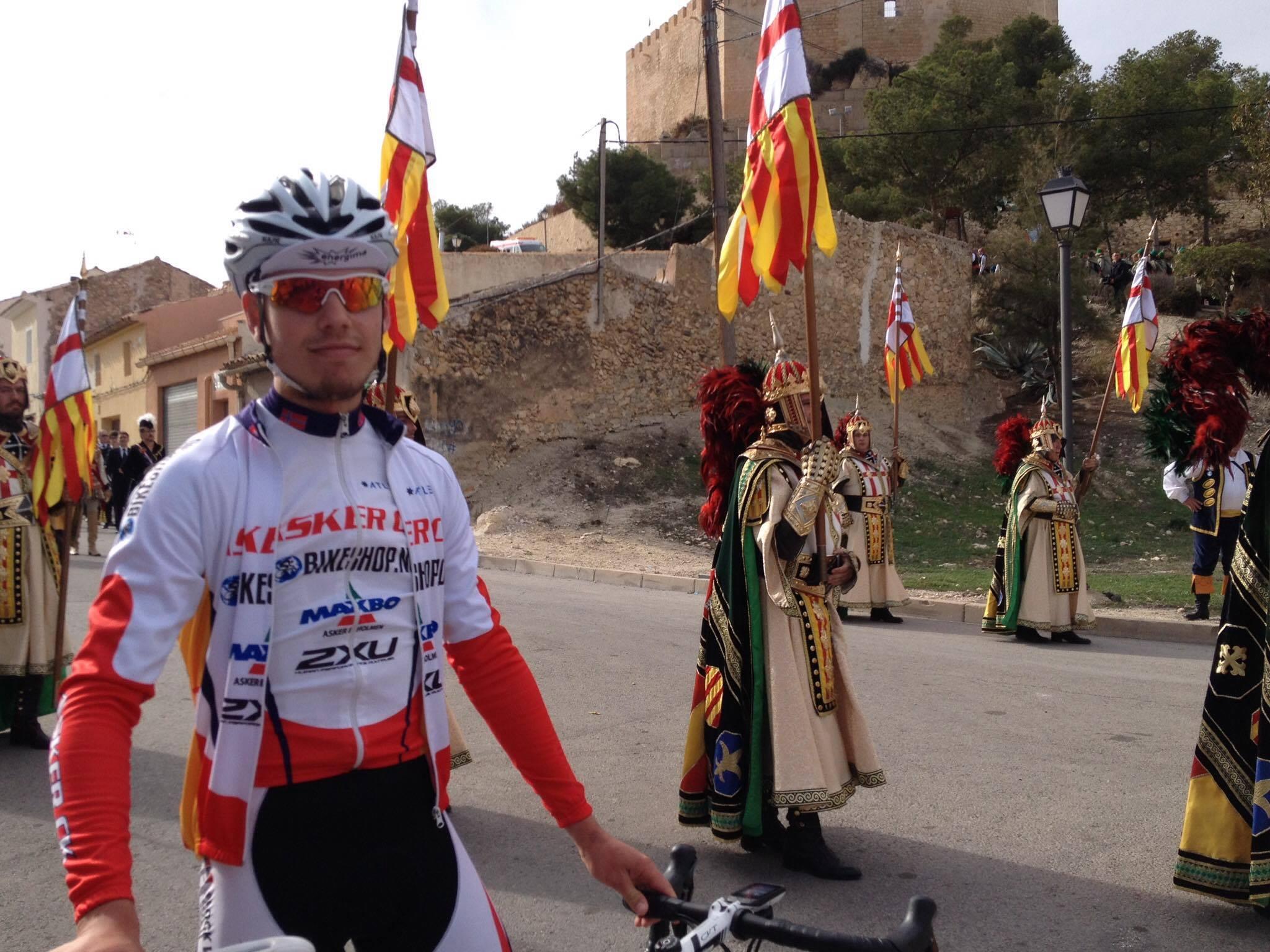 Askergutten Hjorth er i ferd med å bli ekte spanjol og tar nå fatt på sitt 4.år i Spania.